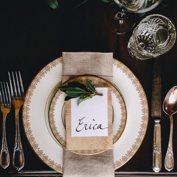 gold table setting