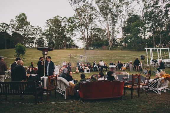 A vintage DIY country wedding | Photography by Zoe Morley