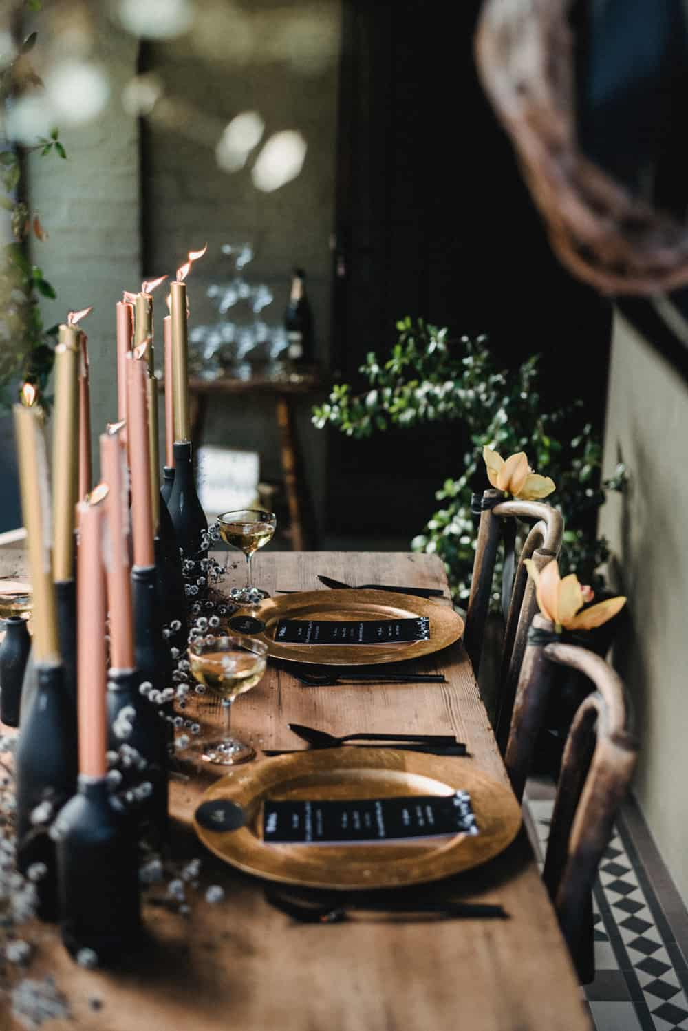 How to style a glam backyard NYE party
