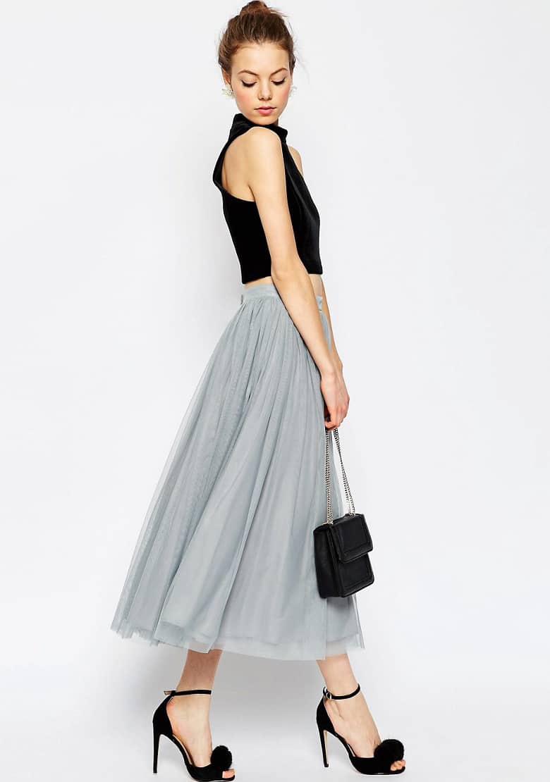 Bridesmaid trend - separates | dove grey tulle skirt and black crop top