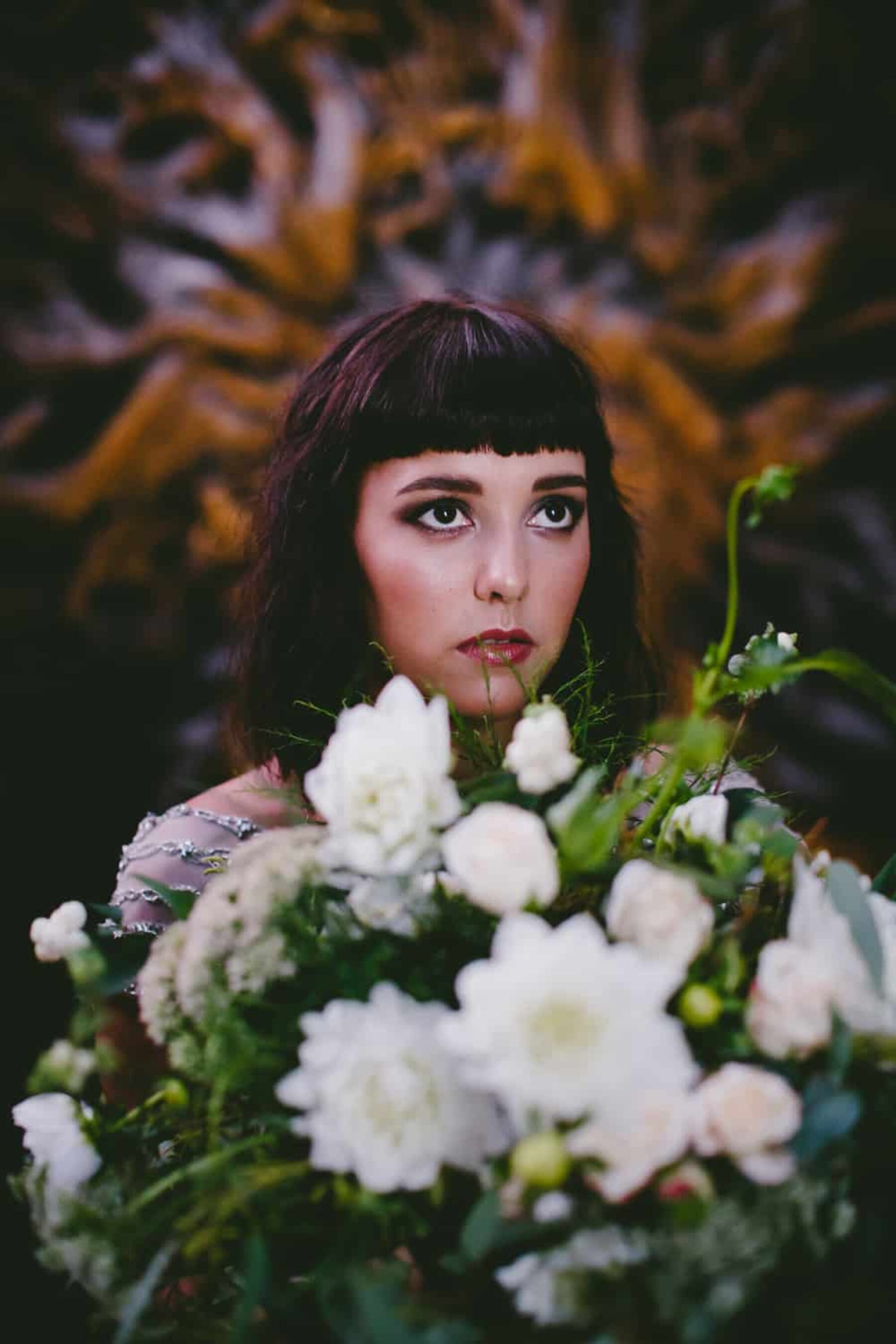 boho bride with unstructured bouquet