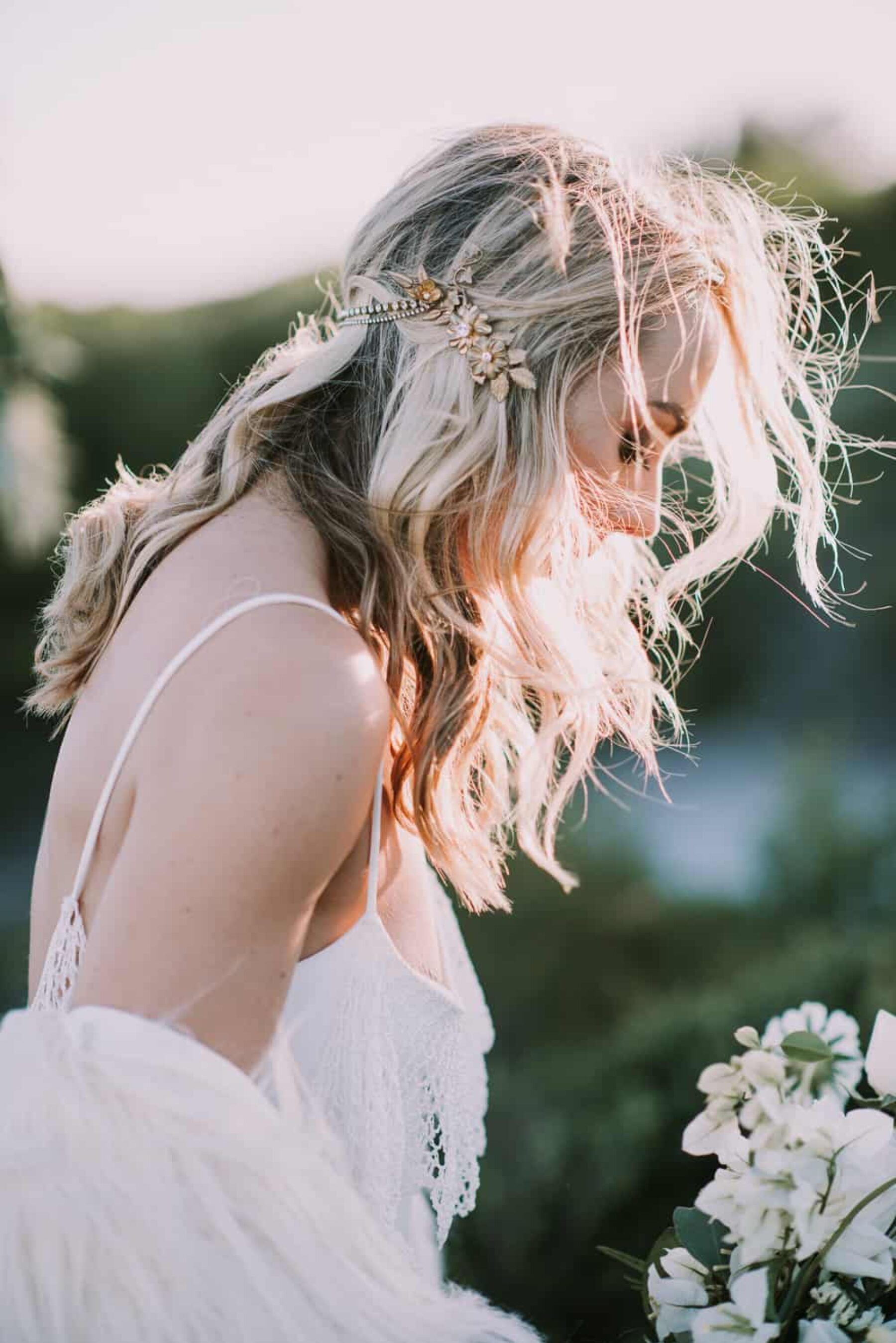 boho bride with jewelled hairpiece