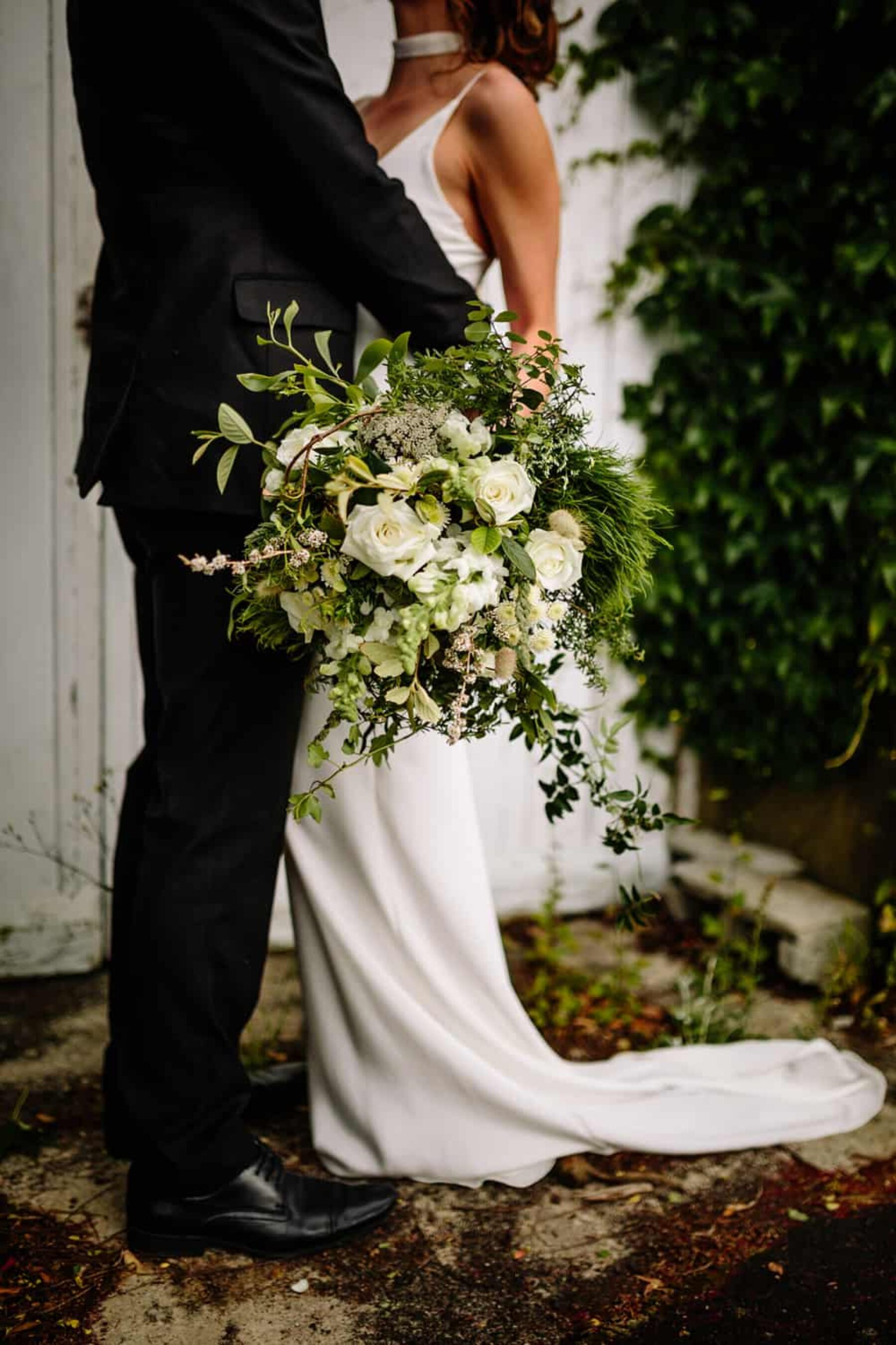 modern green and white bridal bouquet