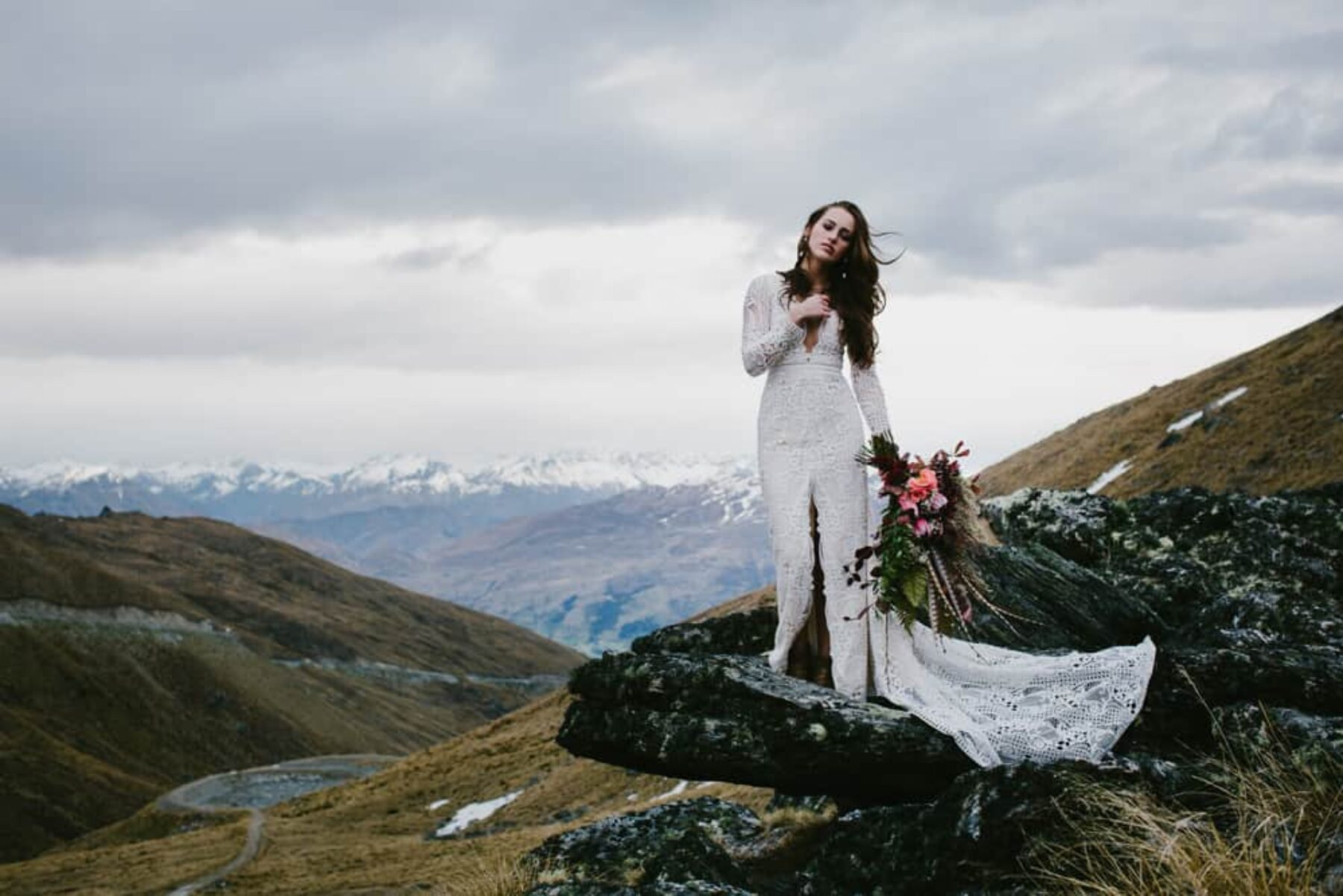 boho mountain wedding - photography by Bonnie Jenkins