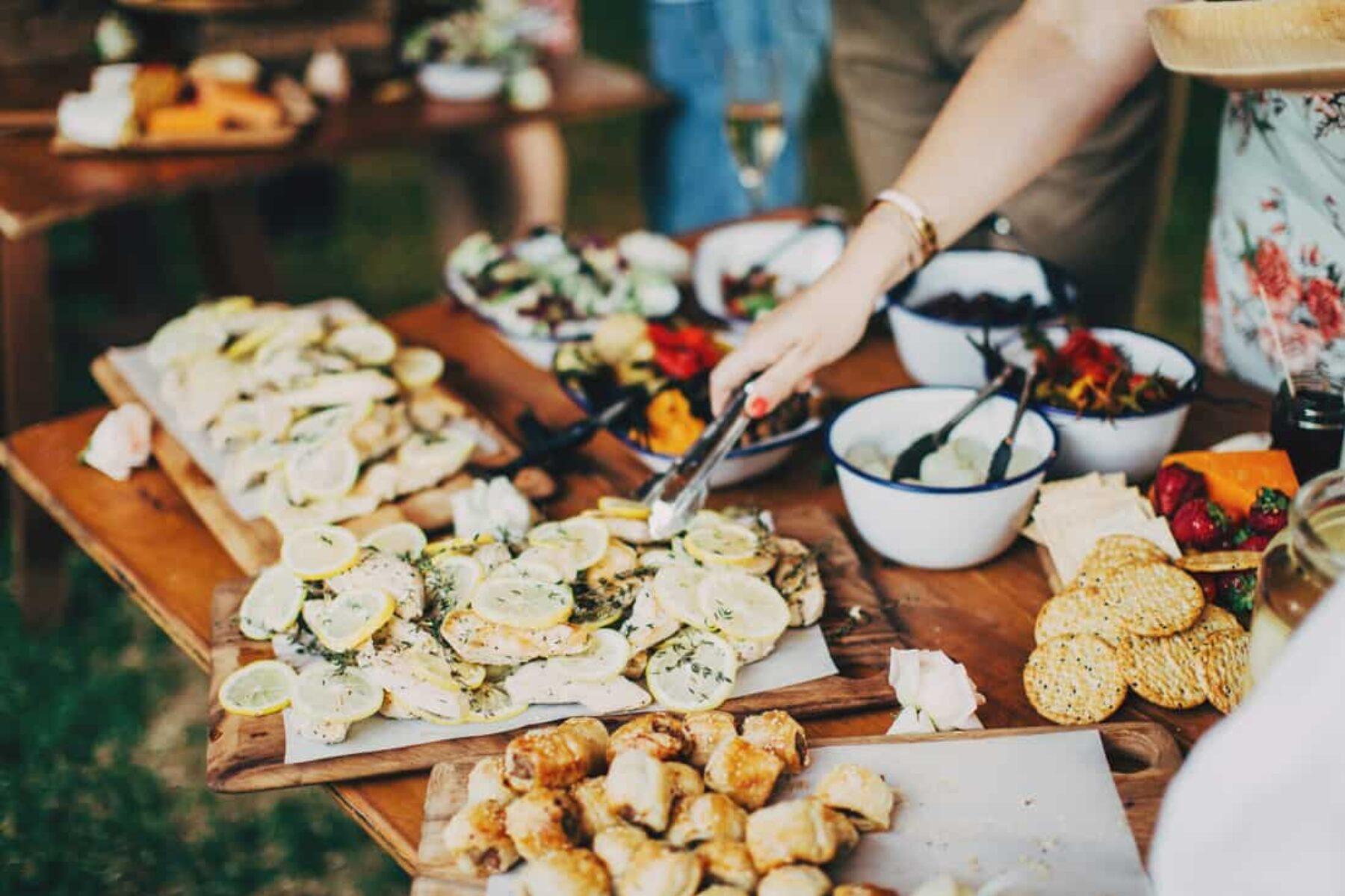 Posh picnic wedding at Centennial Park Sydney