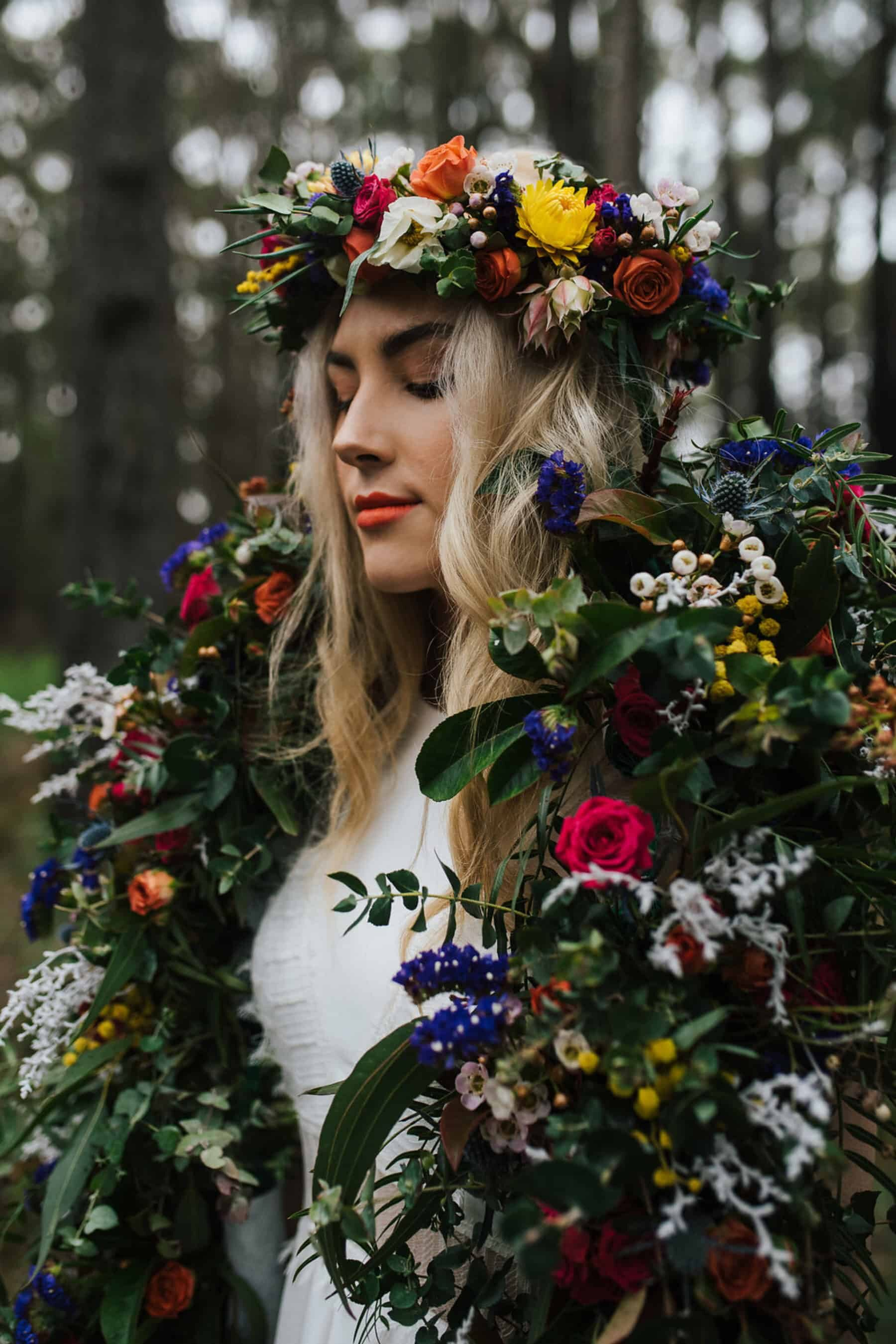 Best of 2018: bouquets. colourful flower crown