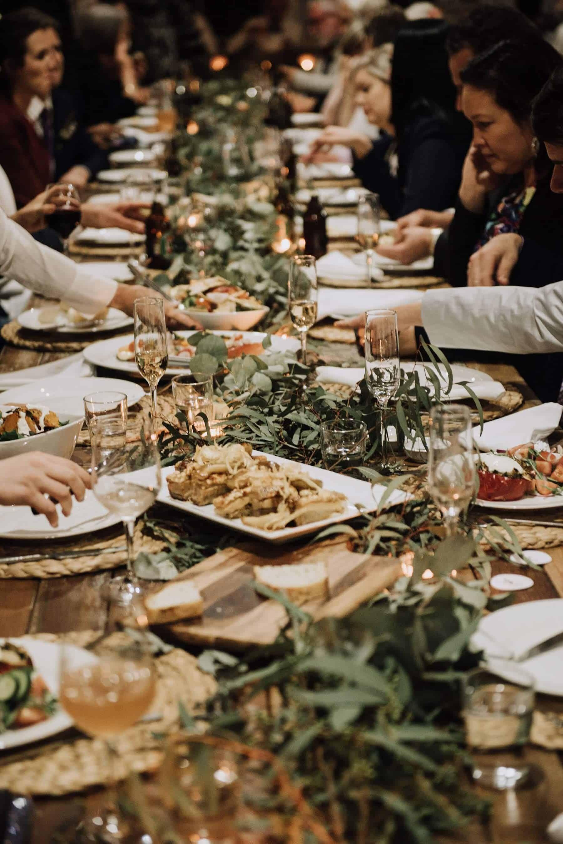 share plates for wedding dinner