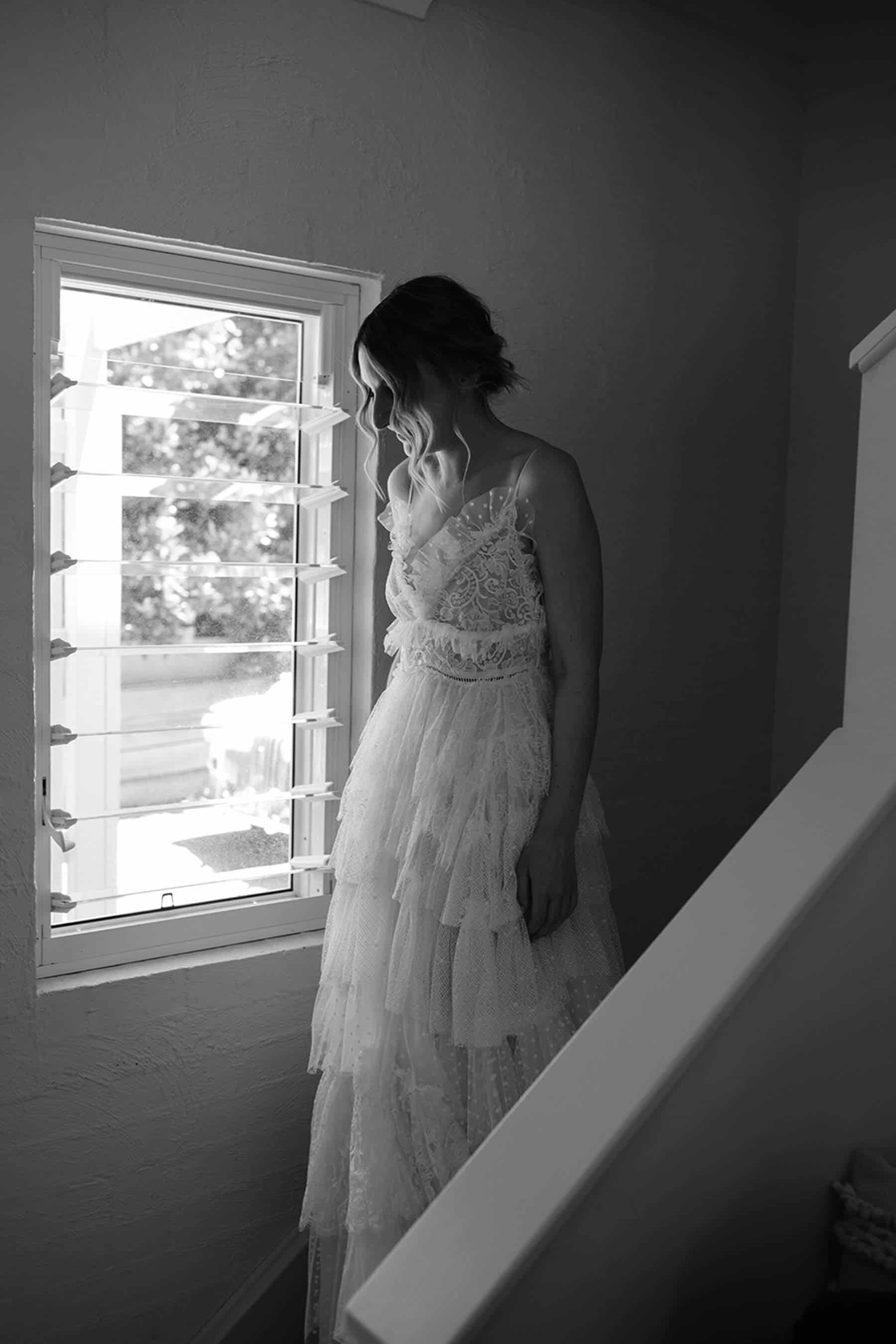 tiered tulle lace wedding dress