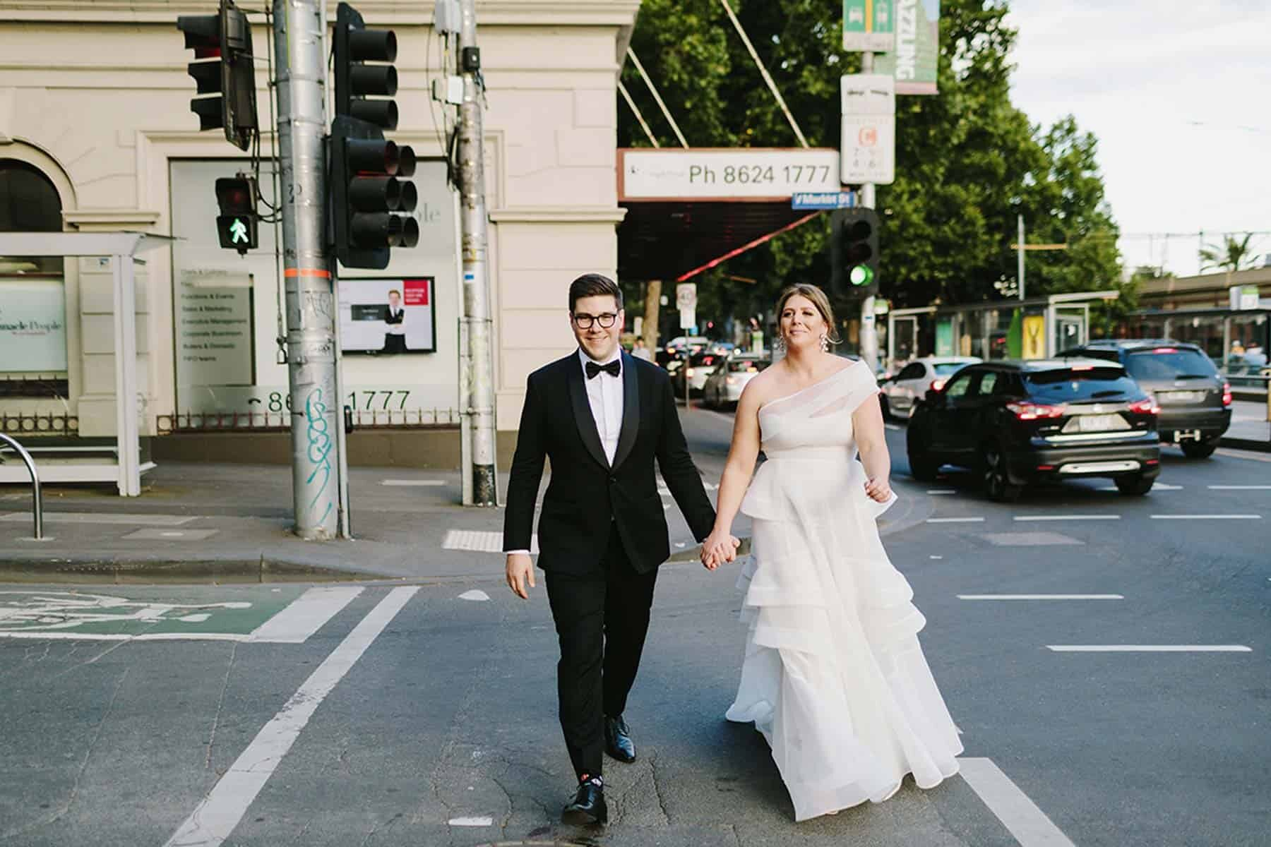 modern Melbourne wedding / photography by Jonathan Ong