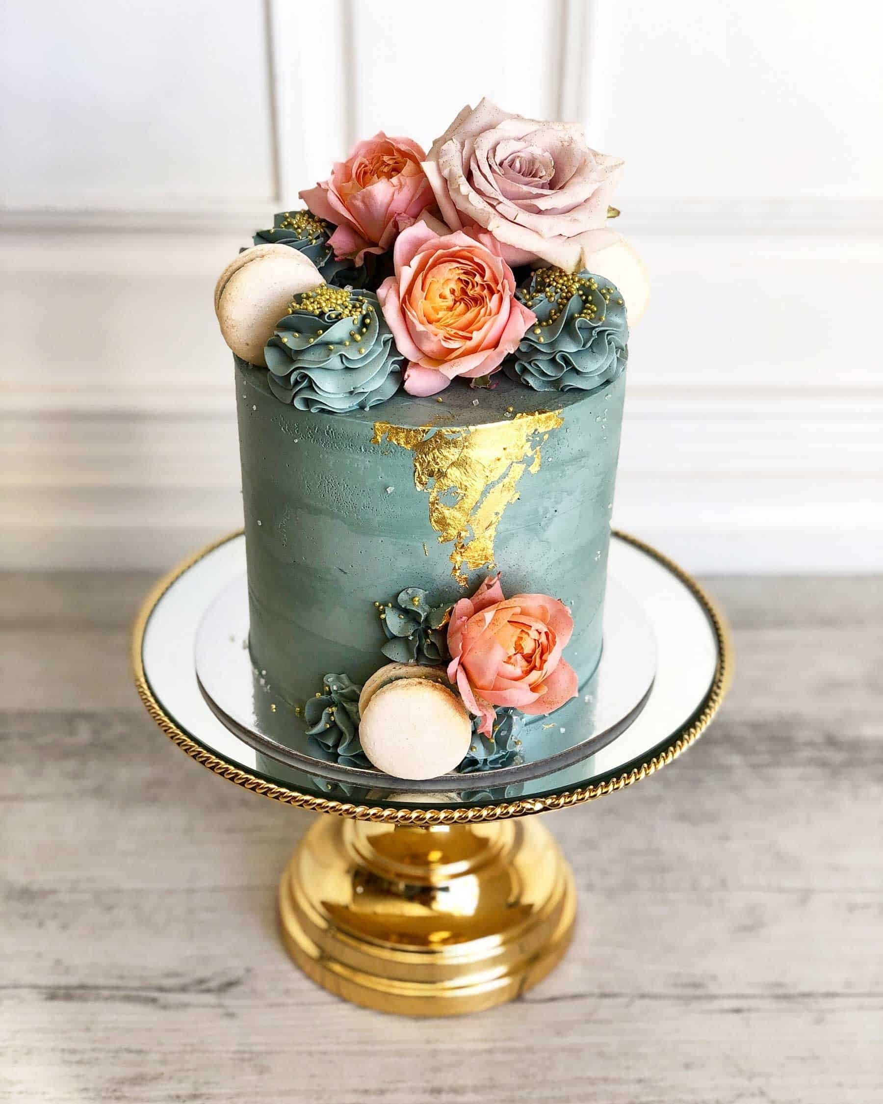 modern and creative wedding cakes in Perth WA - Posh Little Cakes