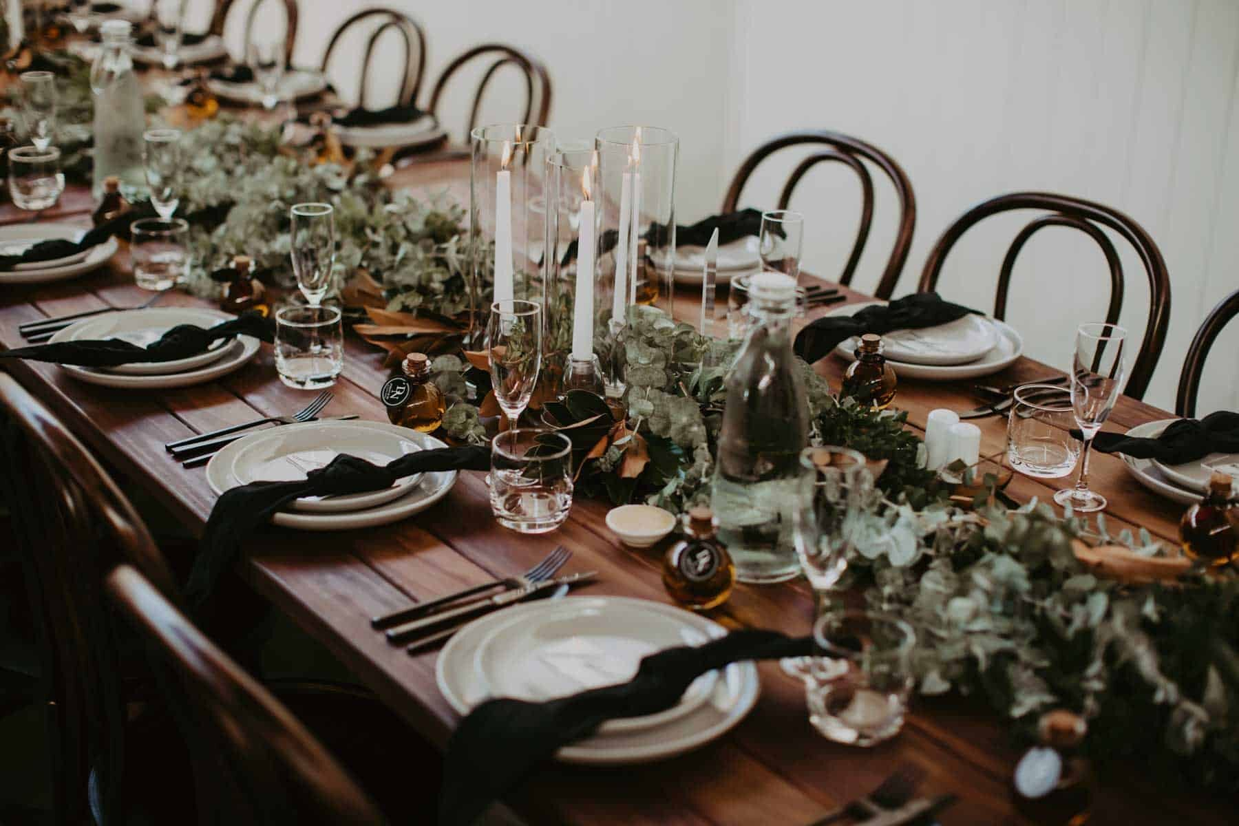 feasting table with foliage runner